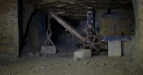 A crane in the Northern section of Box Mine