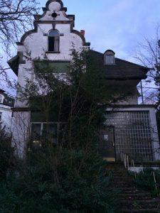 Dr. Anna's House