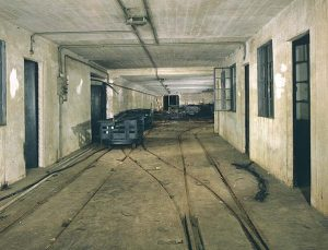The underground sorting yard at Farleigh Down Tunnel in October 1985. Photo by Nick Catford at www.subbrit.org.uk